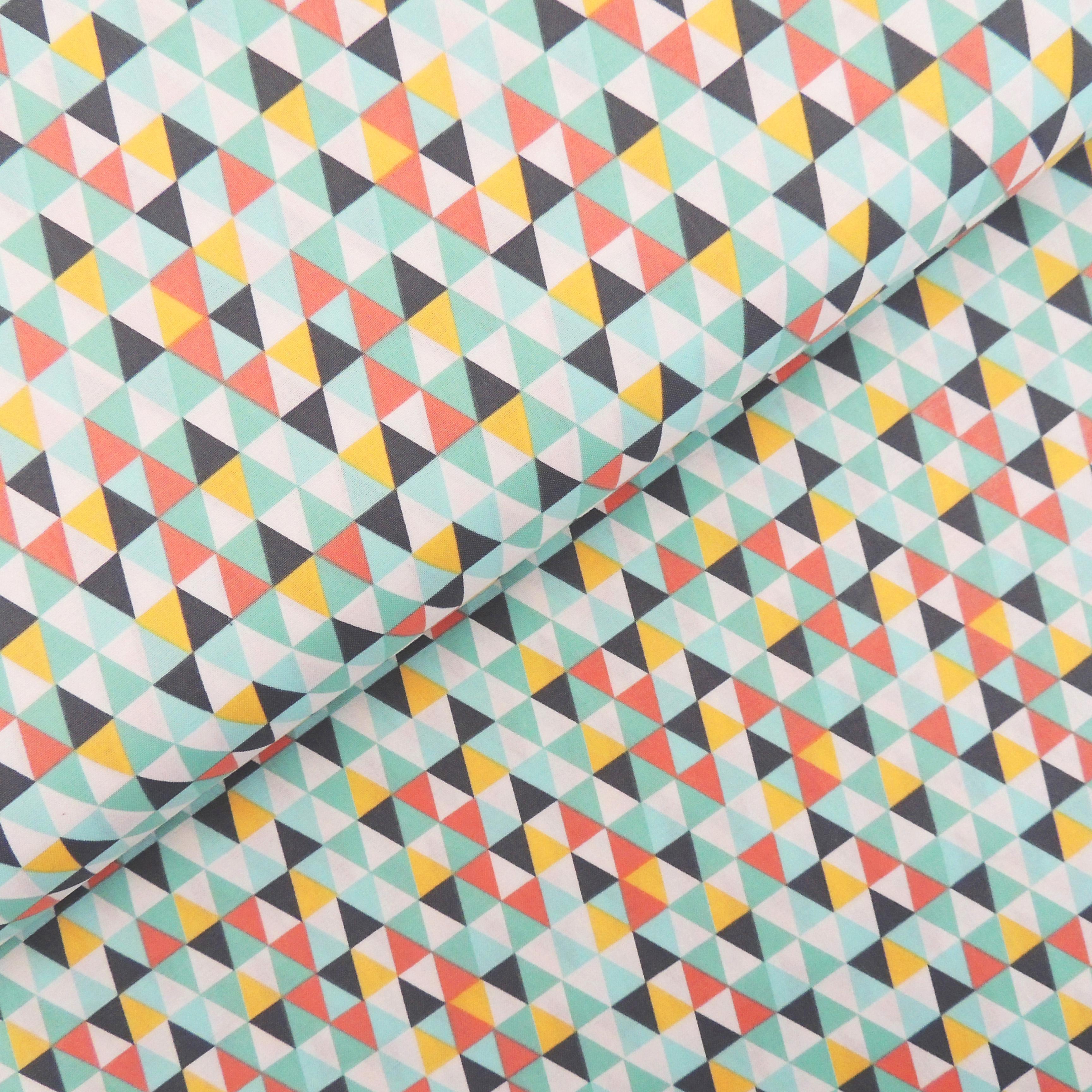 Ткань мелкие ромбы - студия SOVA