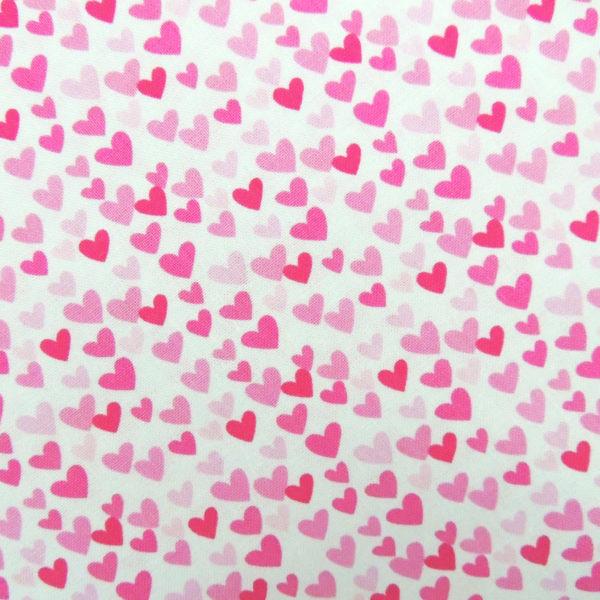 Ткань сердечки малиновые