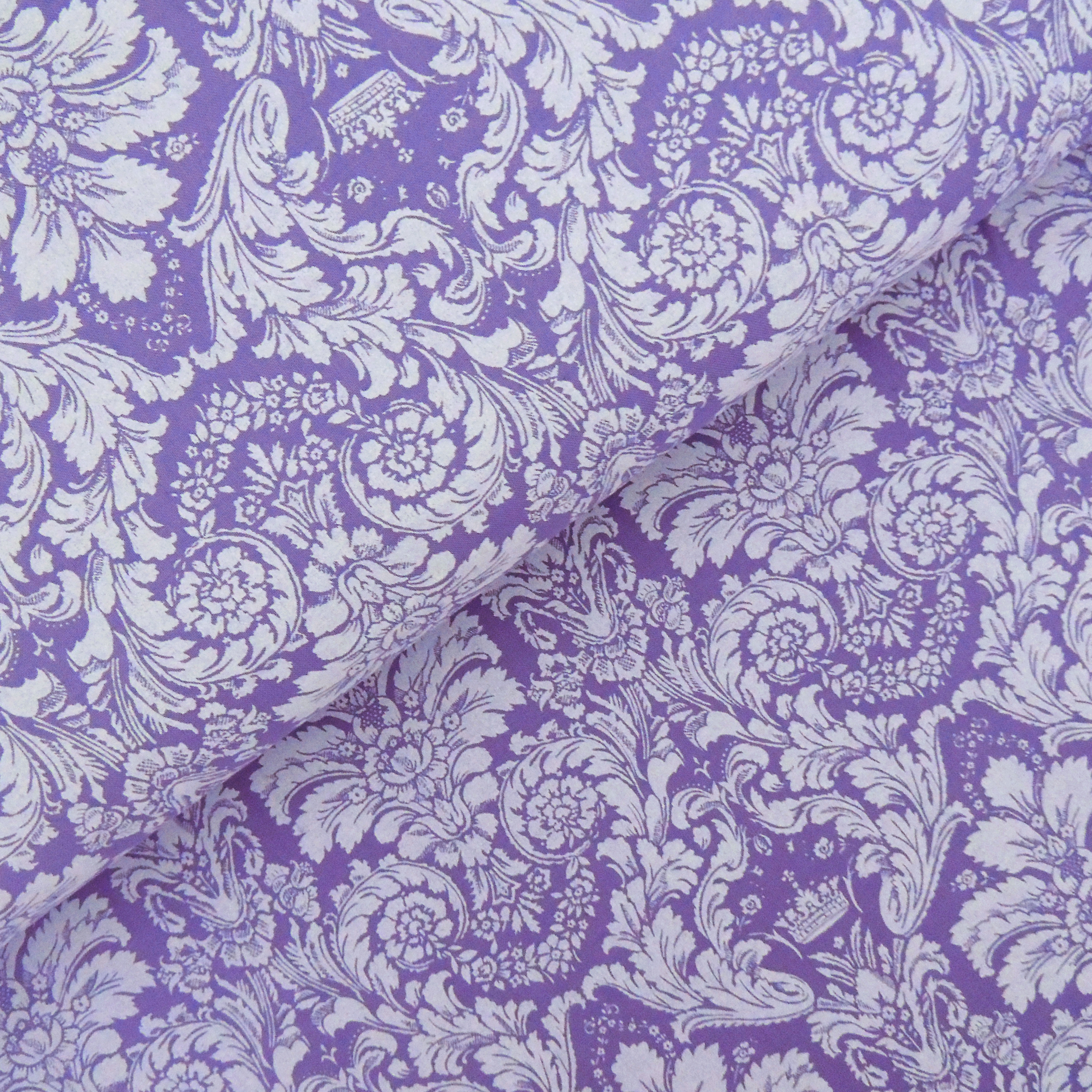Ткань дамаск фиолетовый - студия SOVA