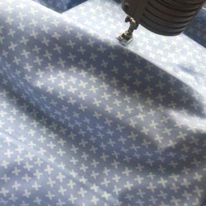 Ткань плюсики