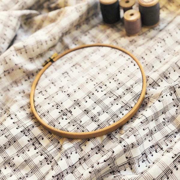 Ткань нотки