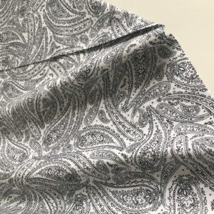 Ткань черно-белые огурцы